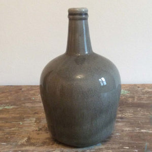 Vaso in ceramica grigio