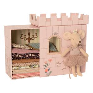 topina principessa e il suo castello incantato