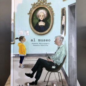 Libro - Al museo