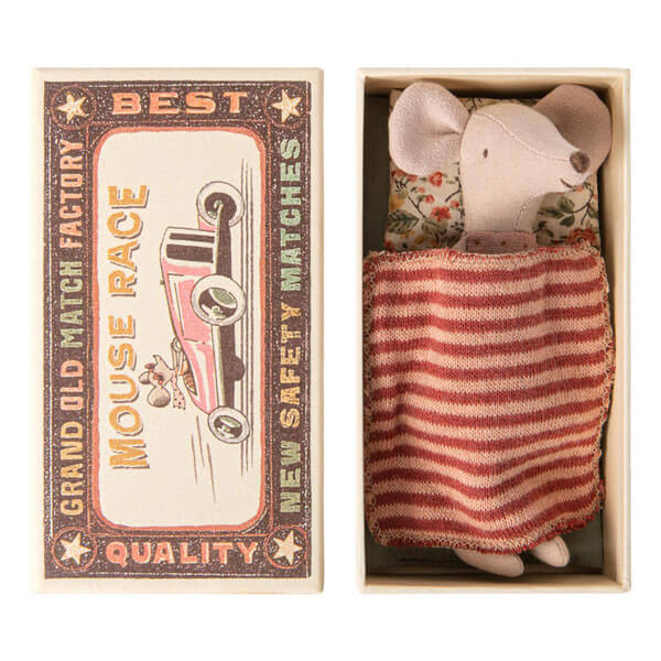 topina sorellina con lettino scatola e copertina