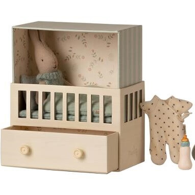 baby coniglietto con cameretta